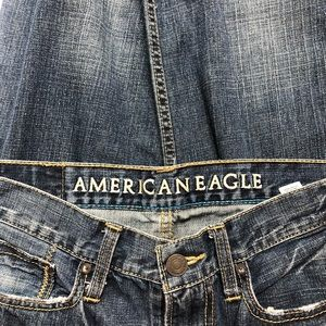 American Eagle Outfitters relax fit jeans